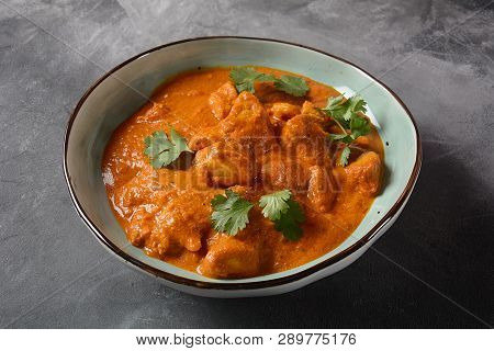 Chiken Tikka Masala - Traditional Indian/british Dish. Chicken With Curry, Turmeric. Indian Dinner C
