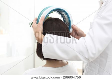 Laser Therapy For Scalp And Hair.tricholog, Laser Treatment Of Hair Problems.