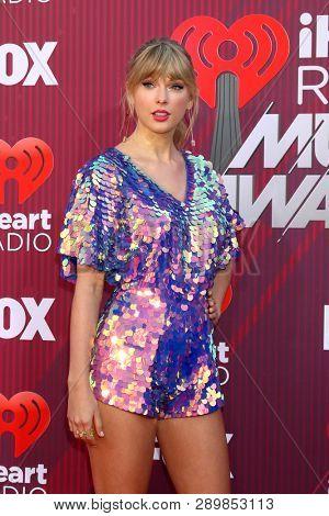LOS ANGELES - MAR 14:  Taylor Swift at the iHeart Radio Music Awards - Arrivals at the Microsoft Theater on March 14, 2019 in Los Angeles, CA
