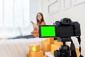 Green Screen Display Camera Of Freelancer And Blogger Review Product Working Sme Business At Home Of