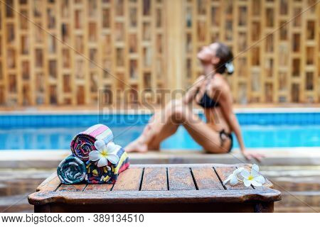 Slim And Suntanned Woman On A Background Travel