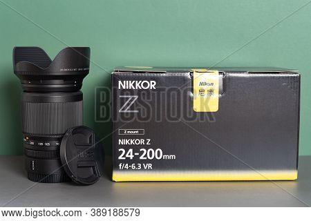 Zhongshan Guangdong China-october 6 2020:nikon Camera Lens Of Z Mount Nikkor Z 24-200mm F4-6.3 Vr An