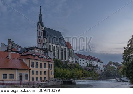 Cesky Krumlov Old Town With Vltava River And Bridges In Autumn Color Morning