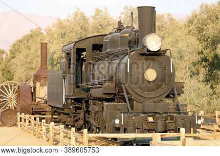 October 5, 2020 In Furnace Creek, Ca:  Historical Steam Locomotive And Other Vintage Equipment Used