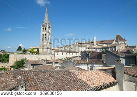 Saint Emilion, Bordeaux / France - 06 19  2018 : Picturesque Rooftops Of Saint-emilion, One Of The P