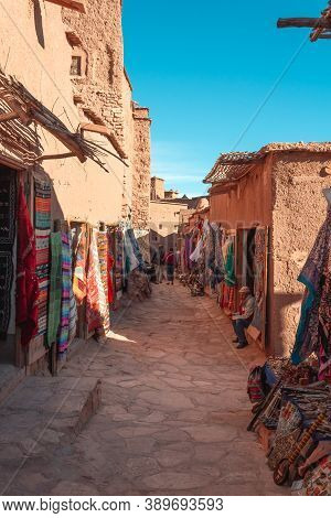 Marrakesh, Morocco - October 31, 2018: People In Ait Benhaddou, A Historic Ighrem Or Ksar (fortified