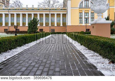 01 05 2020 Gomel, Republic Of Belarus. Gomel Palace And Park Ensemble