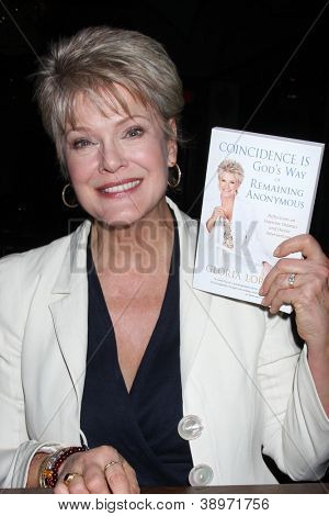 LOS ANGELES - NOV 4: Gloria Loring at the book launch party for Gloria Loring's book