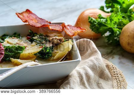 Sausage And Kale Zuppa Toscana Italian Creamy Potato Soup