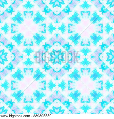 Seamless Aquarelle Pattern. Aquarelle Tie Dye Vintage Abstract Ceramic. Blue And White Colors. Water