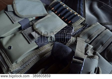 Tactical unloading vest with  magazines selective focus