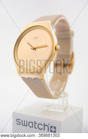 London, Gb 07.10.2020 - Swatch Fashion Swiss Made Quartz Watch On Brand Showcase Stand Close Up. Sty