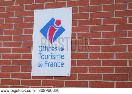 Bordeaux , Aquitaine / France - 10 10 2020 : Office De Tourisme Logo Text And Sign Of French Tourism
