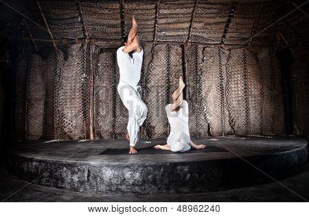 Couple Yoga Garudasana