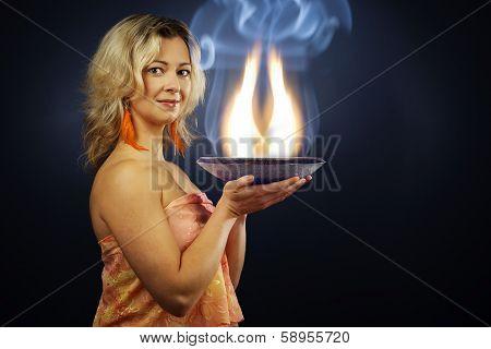 Alternative Woman