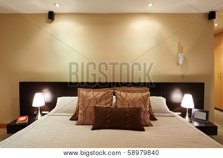 Interior design: Big modern elegant Bedroom with big empty wall