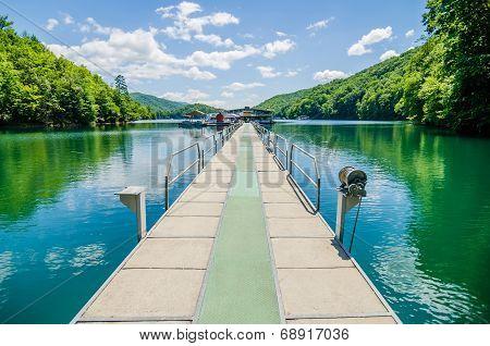 Lake Fontana Boats And Ramp In Great Smoky Mountains Nc