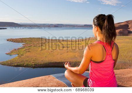 Lake Powell Yoga And Girl