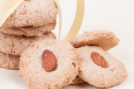 Almond Cookies With Nut In The Midle