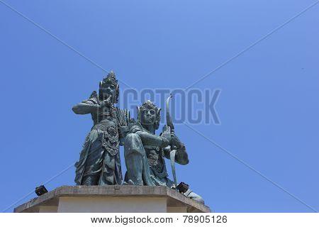 nusa dua statues