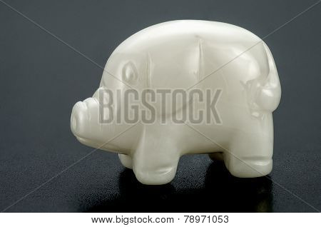 Small Carved White Onyx Pig