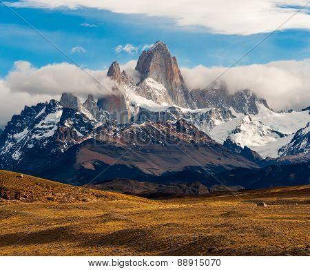 Fitz Roy Mountain, El Chalten, Patagonia, Glaciers National Park Argentina.
