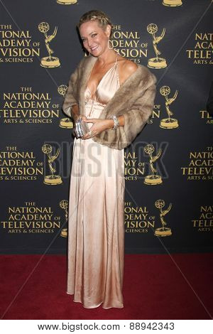 LOS ANGELES - FEB 24:  Sharon Case at the Daytime Emmy Creative Arts Awards 2015 at the Universal Hilton Hotel on April 24, 2015 in Los Angeles, CA