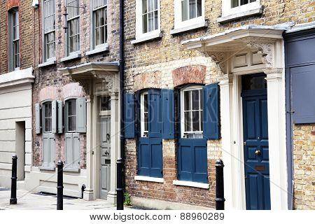 Georgian Huguenot terraced town houses