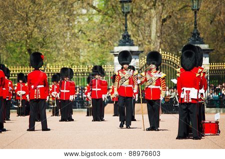 Queen's Guards At The Buckingham Palace In London, Uk