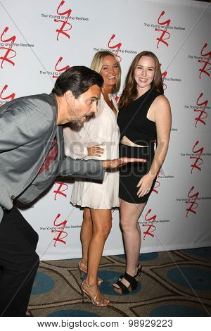 LOS ANGELES - AUG 15:  Sharon Case, Camryn Grimes at the