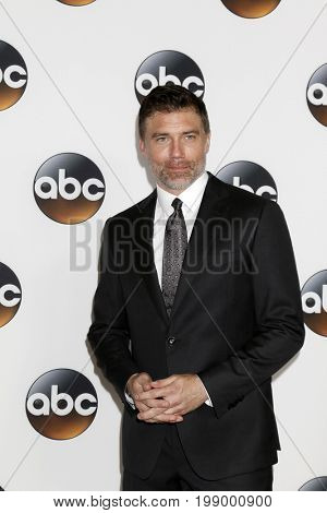 LOS ANGELES - AUG 6:  Anson Mount at the ABC TCA Summer 2017 Party at the Beverly Hilton Hotel on August 6, 2017 in Beverly Hills, CA