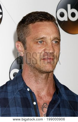 LOS ANGELES - AUG 6:  Devon Sawa at the ABC TCA Summer 2017 Party at the Beverly Hilton Hotel on August 6, 2017 in Beverly Hills, CA