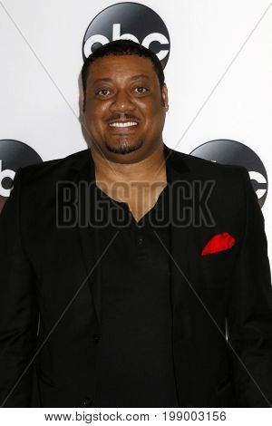 LOS ANGELES - AUG 6:  Cedric Yarbrough at the ABC TCA Summer 2017 Party at the Beverly Hilton Hotel on August 6, 2017 in Beverly Hills, CA