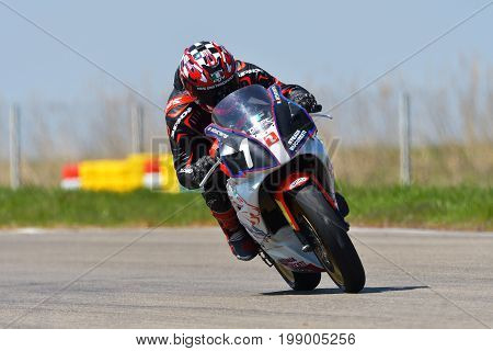 Motopark Romania, Romania - 21-23 April 2017 ,unknown Pilots Competing In Bmu European Road Racing C