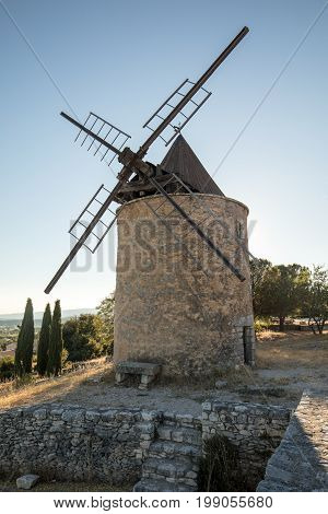 Old windmill in Saint-Saturnin-les-Apt Muehle in Provence France