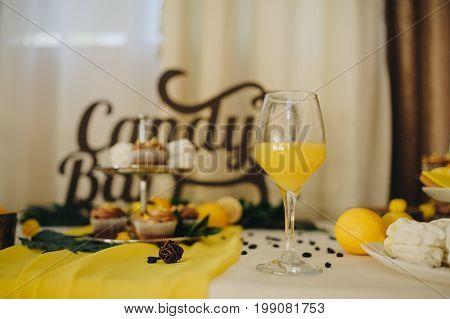 Lemon Composition Wedding.