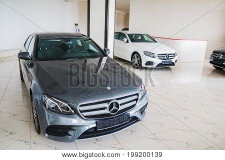 Showroom And Car Mercedes Of Dealership Prestig Avto In Kirov Ci