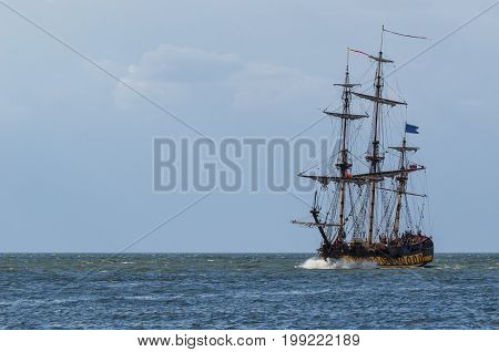 SAILING VESSEL - Replica of an old sailing ship
