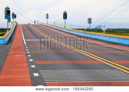 PHATTHALUNG,Thailand : August 12, 2017 : The longest road bridge in Thailand that cross the Songkhla lake at Talay noi village, Phatthalung.