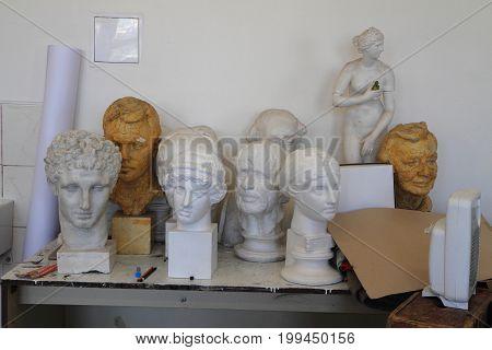 Gypsum Model Heads
