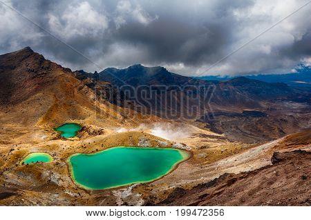 View at beautiful Emerald lakes on Tongariro Crossing track, Tongariro National Park, New Zealand