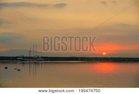 Seascape At Sunset In Manila Bay, Philippines