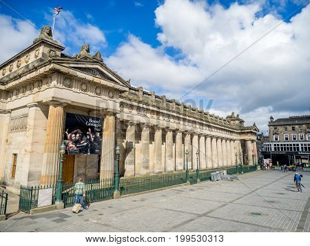 EDINBURGH, SCOTLAND - JULY 30: Outside the Scottish National Gallery and the mound on July 30, 2017 in Edinburgh Scotland. The Scottish National Gallery is an important centre of European Art.