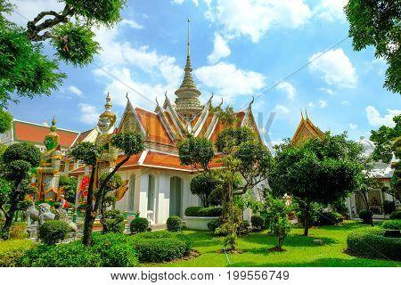 Wat Arun, Temple Of Dawn The Landmark Of Thailand