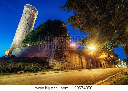 Tallinn, Estonia: the defensive city wall at night