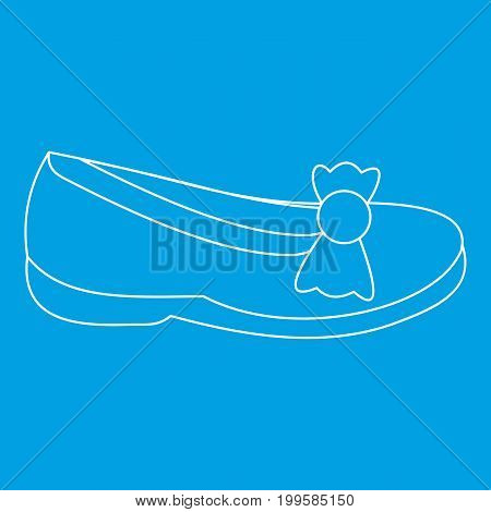 Shoe icon blue outline style isolated vector illustration. Thin line sign
