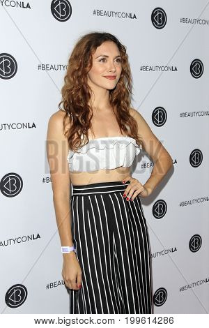 LOS ANGELES - AUG 12:  Alyson Stoner at the 5th Annual Beautycon Festival Los Angeles at the Los Angeles Convention Center on August 12, 2017 in Los Angeles, CA