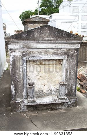 Old cemetery tomb in New Orleans, Luisiana