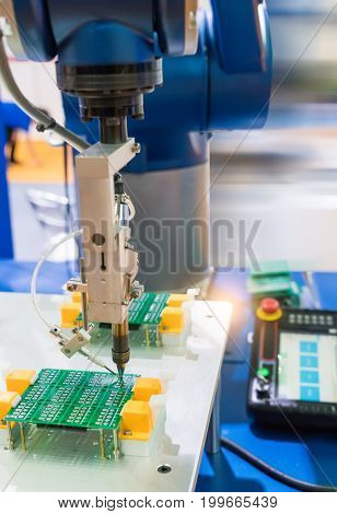 Automation of machine assembly of computer circuit board in the factory