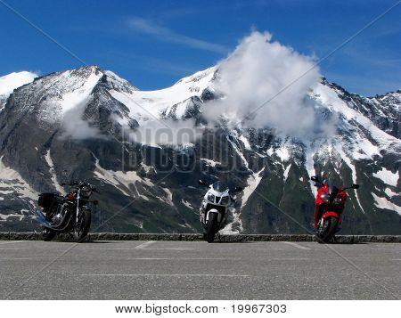 Motorbikes in Grossglockner, Austria
